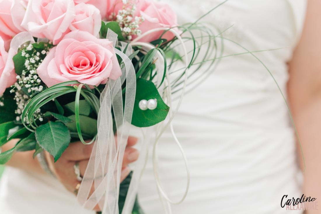 Bouquet de roses de la mariée